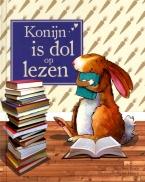 Konijn is dol op lezen